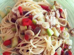 Espaguetis con salteado de verduras - irecetasfaciles