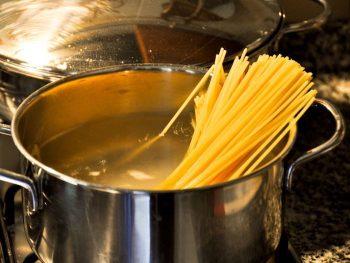 como cocer espaguetis